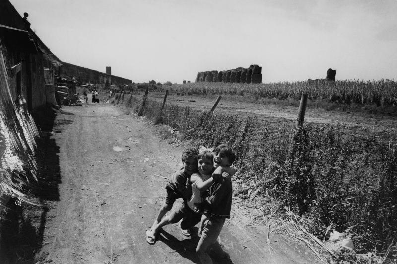Baracche all'Acquedotto Felice, Roma 1958 ca.