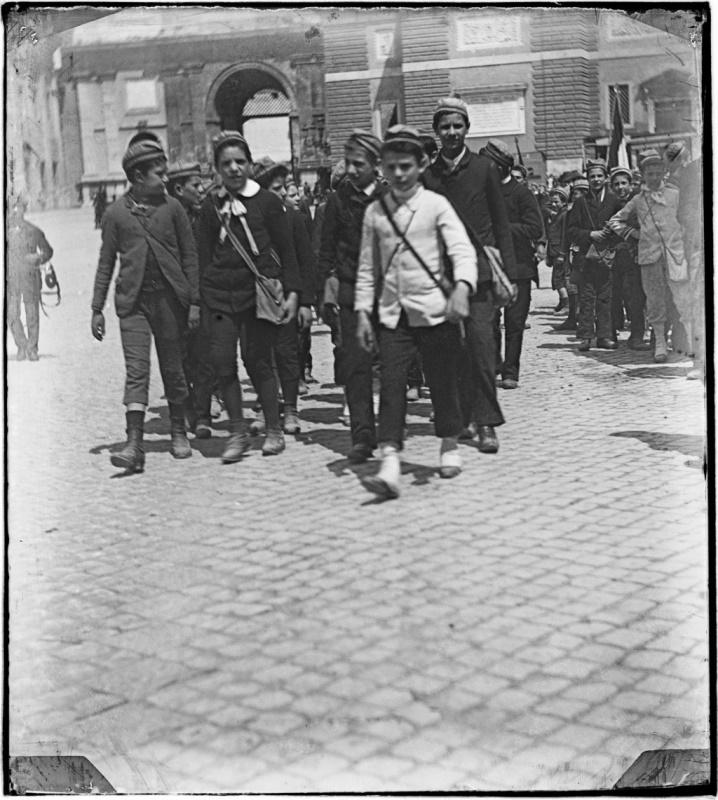 Giuseppe Primoli, Bambini a piazza del Popolo, Roma, Fondazione Primoli