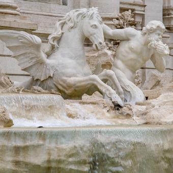 Fontana di Trevi, particolare