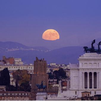Carpe Sidera. La meraviglia del cielo sulla bellezza di Roma