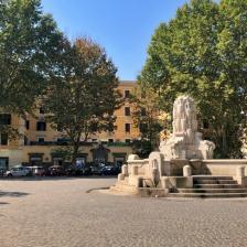 Piazza Testaccio e Fontana Anfore