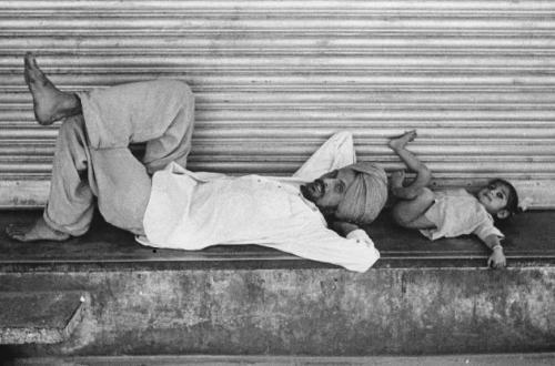 Padre e figlio,New Delhi, India, 1960