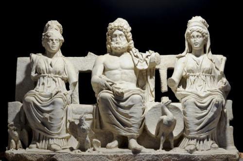 """Triade capitolina, Guidonia Montecelio, Museo Civico Archeologico """"RodolfoLanciani"""", Foto Giovanni Coccia"""